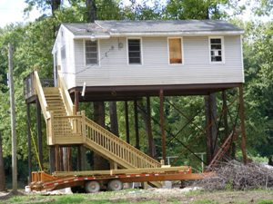 Jersey County Elevated Cabin on ILlinois River